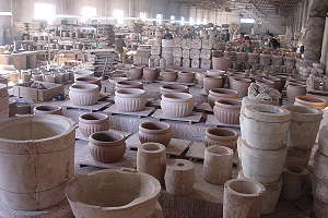 Töpferstadt Yixing (China) - Produktion von Gießton-Bonsaischalen in der Yixing Lotus Pottery